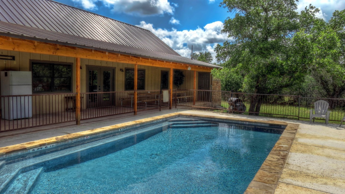 Frio River Rental Homes 19th Hole On The Concan Golf