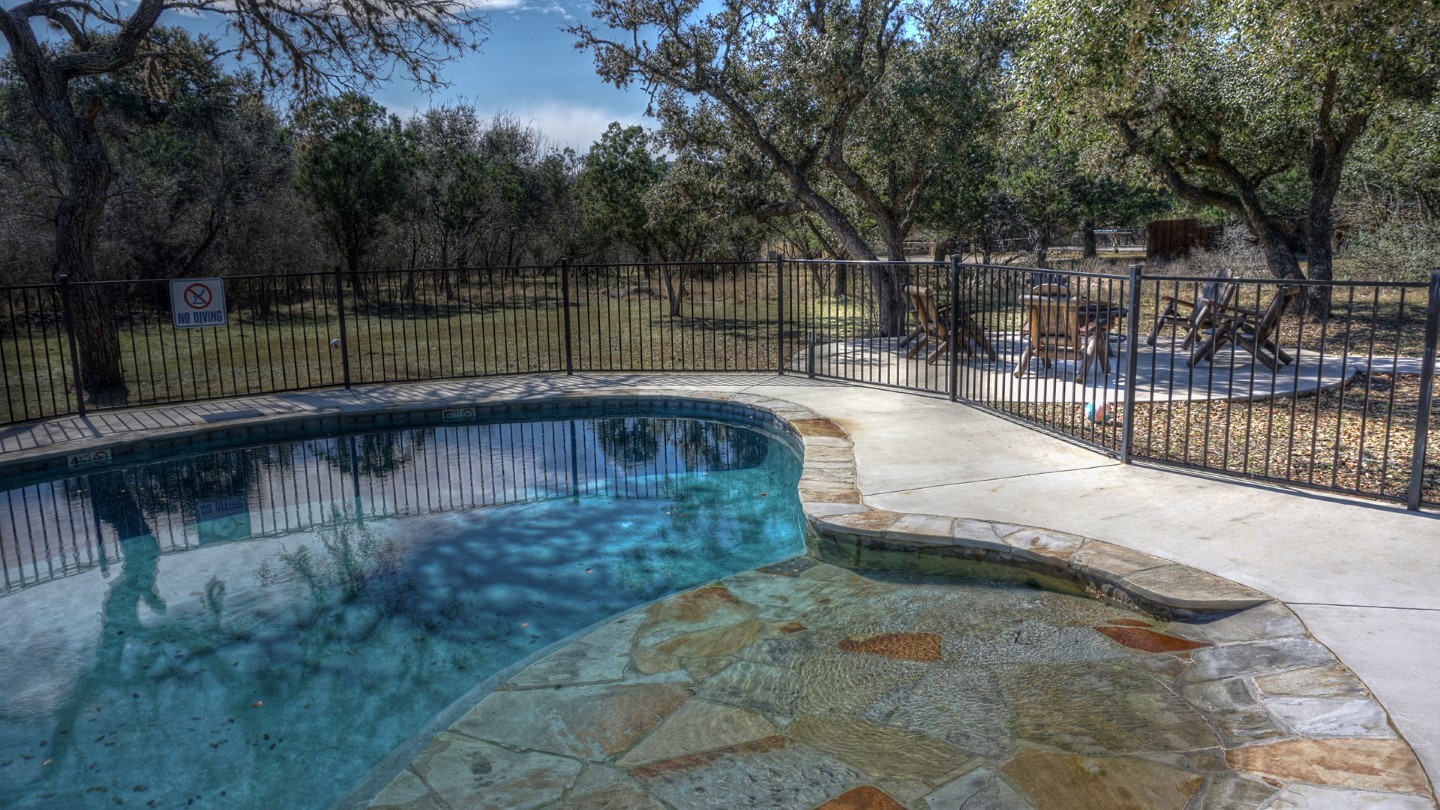 Frio River Rental Homes Emeral In Heartsone